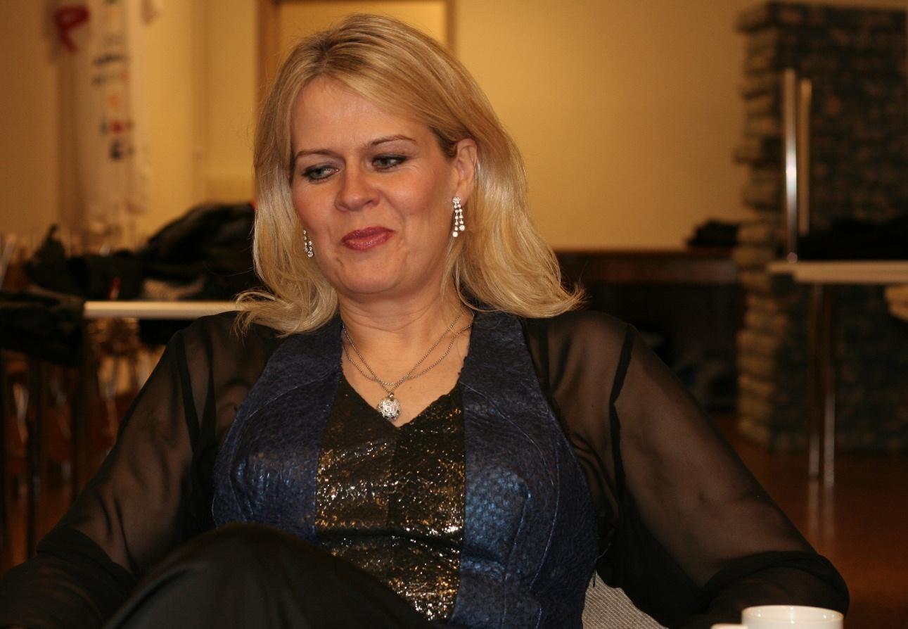 2011-03-24 kk Helga Rós 72